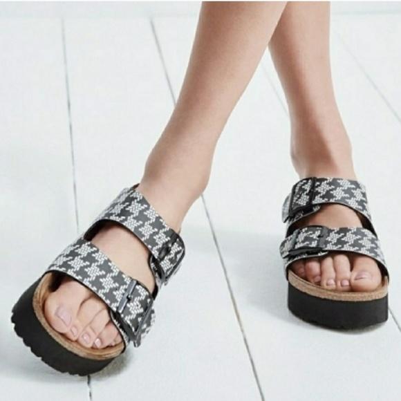 37de369ba50ff Birkenstock Shoes - New BIRKENSTOCK Papillio Arizona Flatform Sandal